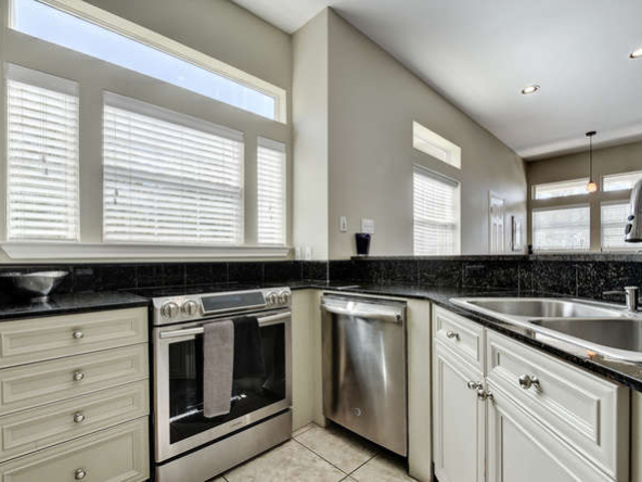 2918 RR 620 N 222-small-013-21-Kitchen 045-666x446-72dpi