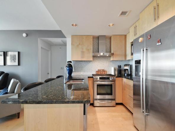 300 Bowie St 2606-MLS_Size-012-Kitchen and Breakfast 004-1024x768-72dpi