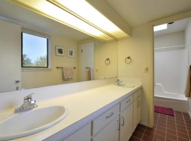 Other Bath 01